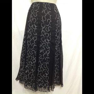 Women's size 14 JM COLLECTION sheer skirt